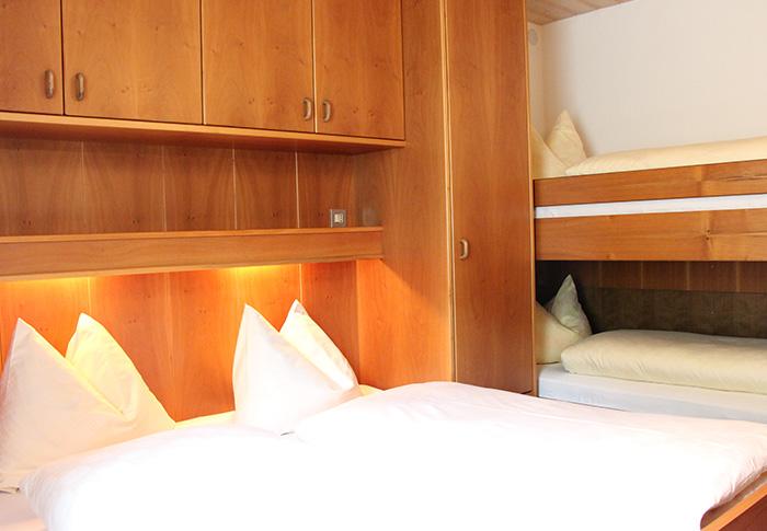 Ferienwohnung 6 - Schlafzimmer